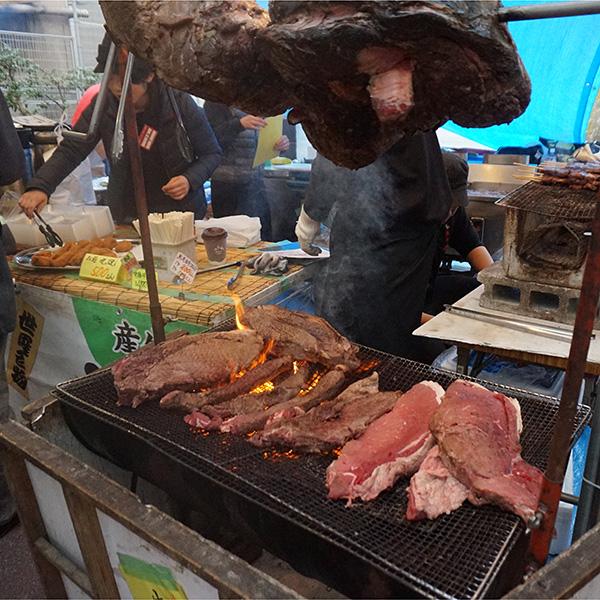 世羅の牛の丸焼き