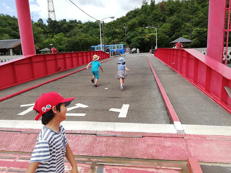大久野島桟橋到着からのダッシュ